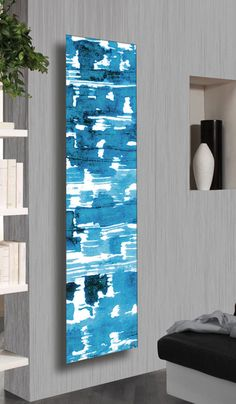 DISCOVER LAGOON DESIGN RADIATOR:The transposition of the pictorial image trough Cordivari innovative and high level techniques, enhances the brightness and the color infinite gradations.