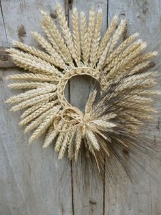 wheat wreath with lace in the middle