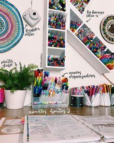 Study Room Decor, Cute Room Decor, Room Ideas Bedroom, Bedroom Decor, Desk Organization Diy, Craft Room Storage, Kids Homework Station, Cool School Supplies, Aesthetic Room Decor