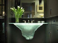außergewöhnliche Designer-Waschbecken Glassworks-Wasserfall-Effekt beleuchtet