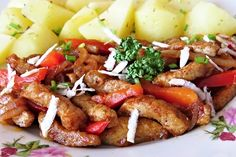 Rychlá minutka z kousků vepřové kýty, kostiček masité papriky, worcestru, chilli, černého piva a dalších ingrediencí, servírovaná například svařenými brambory, hranolky nebo chlebem.