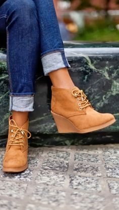 Gorgeous brown lace boots and denim fashion! Can get these from Target!
