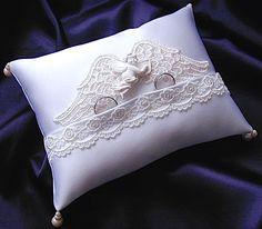 ateliersarah's ring pillow