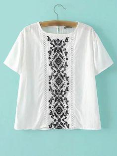 Camiseta bordada manga corta-(Sheinside)