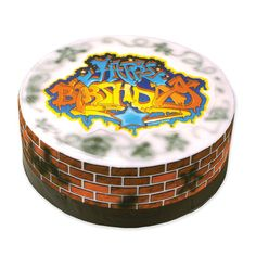 Are you inspired by graffiti? Well why not incorporate it into your event and have a graffiti cake?