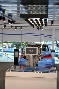 Augmented Reality used at BMW flagship store. Guess for what … - Marketing, customer satisfaction and loyalty