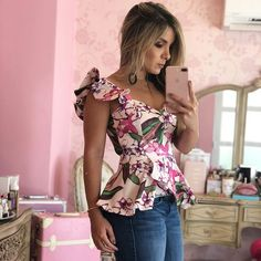 Work Fashion Fashion Photo Fashion Beauty Cute Tops Sexy Outfits Kawaii Fashion Dress Patterns Outfit Of The Day African Fashion Dope Outfits, Casual Summer Outfits, Classy Outfits, Sewing Blouses, Kawaii Fashion, Work Fashion, Dress Patterns, African Fashion, Blouse Designs