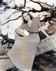 Olivia de Havilland, circa 1940.