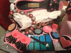 One more view of Mary Kay cosmetic cake