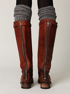Brown boots and grey socks - I love this look but I feel like I could not pull it off.