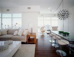 New York Apartment by Cara Zolot Interiors  NYC apartment, New York apartment, Manhattan apartment, ny apt, city living.