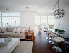 New York Apartment by Cara Zolot Interiors  NYC apartment, New York apartment, Manhattan apartment, ny apt, city living. Nook