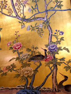 de Gournay Earlham wallpaper with 22k gold leaf background