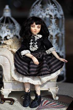 Art doll bjd OOAK by EllDolls Bjd, Art Dolls, Goth, Black And White, Style, Fashion, Goth Subculture, Black White, Gothic