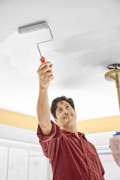 How to put a fresh face on brown, blistered, water-damaged drywall Plaster Ceiling Repair, Repair Ceilings, Drywall Ceiling, Mask Painting, Painting Tips, Bathroom Repair, Painted Trays, Home Repairs, Fresh Face