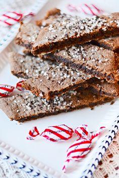 Brownies, Cookies, Drink, Desserts, Recipes, Food, Cake Brownies, Crack Crackers, Tailgate Desserts