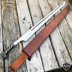Hand Forged Railroad Spike Hunting Knife Fixed Blade Carbon Steel Sword Machete Railroad Spike Knife, Railroad Spikes, Trench Knife, Maila, Throwing Knives, Fantasy Weapons, Fantasy Armor, Knife Sharpening, Knives And Swords