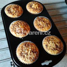 Jogurtové muffiny recept - Vareni.cz Breakfast, Food, Pineapple, Morning Coffee, Meals, Yemek, Eten