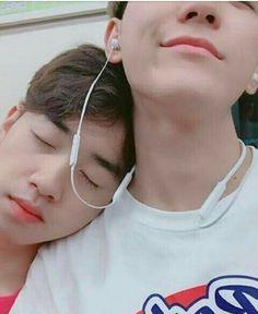 Daddykink - Photos - inocent and hot - Boys - - Página 2 - Wattpad Hot Korean Guys, Korean Boys Ulzzang, Korean Couple, Ulzzang Couple, Kpop Couples, Cute Gay Couples, Parejas Goals Tumblr, Tumblr Gay, Gay Aesthetic