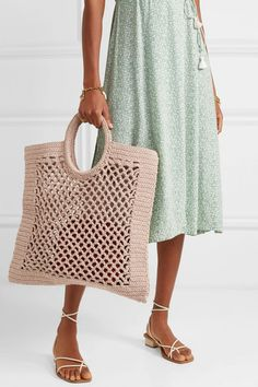 Mizele – Sunbath crocheted cotton-blend tote - Rain Tutorial and Ideas Crotchet Bags, Crochet Tote, Crochet Handbags, Crochet Purses, Knitted Bags, Crochet Shell Stitch, Bead Crochet, Crochet Hooks, Crochet Pattern