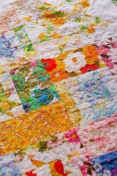 My Favorite Quilt: Jeni Baker of In Color Order   Sew Mama Sew, sew a crazy scrap quilt