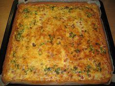 Pörden Keittiössä: Gluteeniton Kielenvievä juusto-kinkkupiirakka