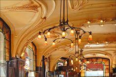 L'hôtel-brasserie Excelsior, ouvert en 1911
