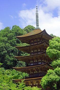 Yamaguchi, Japan / 瑠璃光寺五重塔