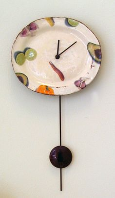 Maria Kristofersson is a Swedish artist who makes beautiful things Pottery Plates, Ceramic Pottery, Ceramic Art, Bisque Pottery, Diy Clock, Pottery Designs, Pottery Making, Love Craft, Clay Creations