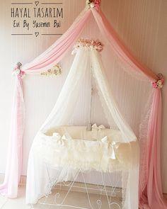Duvara monte cibinligimiz ister bebek odasi ister genc odasi istersenizde yatak odalariniz icin kullanabilirsiniz   Tamami ferforje hayal besigimiz  ise bu senenin trendi olacagindan hic suphemiz yok