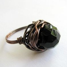 Wire wrapped gem ring: DIY