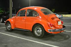 Punch buggy orange: VW Beetle - Atlanta Streets