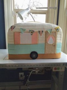 Vintage Caravan Sewing Machine Cover. I would like this for a Kitchen-Aid mixer but may be too tall for the right perportions.