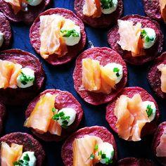 Betroot blini's#smoked salmon#horseradish cream