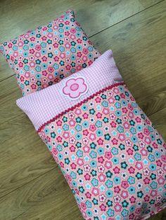Puppenbettwäsche *Rosa/Blümchen* von * Creative Happiness * auf DaWanda.com