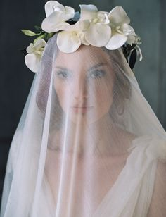 Silk tulle veil by Enchanted Atelier by Liv Hart from The Dreamers Collection. Floral crown by June Hart Flowers, hair and makeup by Anna Breeding, model Kathleen McGonigle. Image by Laura Gordon. Bridal Veils And Headpieces, Wedding Veils, Bridal Hairpiece, Wedding Crowns, Hair Wedding, Wedding Reception, Vintage Inspiriert, Perfect Day, Flower Crown Wedding
