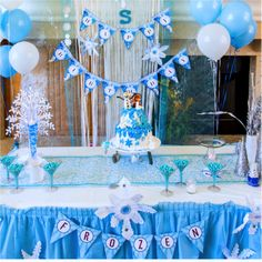A spectacular FROZEN THEMED fifth Birthday party!   CatchMyParty.com