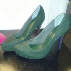 Green Heels Green heels. worn a few times dont have a need anymore.  small seam loose on inner lining, otherwise in good condition. Shiekh Shoes Heels