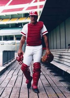 Happy Birthday Johnny Bench!    Johnny Bench was the Reds' regular catcher for 14 seasons.
