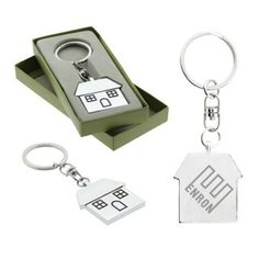 This promotional house shaped Casa metal keychain features a house shaped polished chrome metal key chain with black infilling around the windows and doors. Marketers can get their logo imprinted on the backside of the keychain and also avail