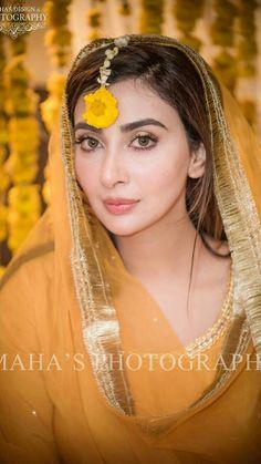 elegant mavun looks - Bridal Mehndi Dresses, Pakistani Bridal Makeup, Pakistani Wedding Outfits, Bridal Outfits, Bridal Lehenga, Pakistani Dresses, Indian Dresses, Wedding Dresses, Desi Wedding