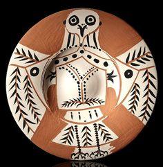 Hibou-blanc-sur-fond-rouge Pablo Picasso Ceramics: The Madoura Collection