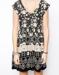Image 3 ofASOS Smock Dress In Mono Floral And Paisley Print