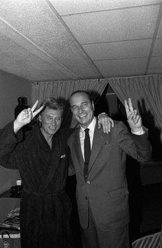 French Prime Minister Jacques Chirac joins singer and actor Johnny. Hollywood Music, Old Hollywood, Black White Photos, Black And White, George Carlin, Popular Culture, David Bowie, Funny People, Belle Photo