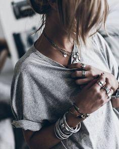 costume jewelry style guide - F a s h i o n i n f i n i t y - Moda para Mujeres Look Fashion, Fashion Beauty, Autumn Fashion, Fashion Outfits, Moda Boho, Mode Style, Style Me, Looks Hippie, Estilo Hippy