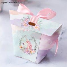 #μπομπονιερα #βαπτιση #κοριτσι #μονοκερος #τσαντα #τσαντακι #θεματικη_βαπτιση_παρτυ_μονοκερος #unicorn #λουλουδια #φλοραλ #floral Pink Parties, Birthday Parties, Dipper Cakes, Pink Party Favors, Acrylic Wedding Invitations, Marble Print, Favor Boxes, Shower Favors, Baby Shower Parties
