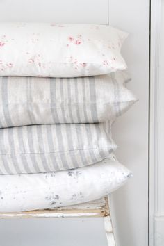little girls bedroom details Cozy Bed, Shabby Cottage, Decor, Pillows, Bedroom Decor, Home Textile, Home Goods, Home Accessories, Home Decor