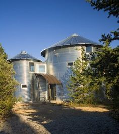 1000 images about silo love on pinterest grain silo for Silo house kit