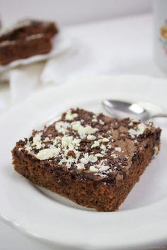 Leckerer Blitz Schokokuchen vom Blech // easy chocolate cake