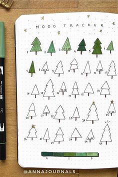 Best December Mood Tracker Ideas For Bujo Addicts - Crazy Laura Bullet Journal Christmas, December Bullet Journal, Bullet Journal Notebook, Bullet Journal Themes, Bullet Journal Spread, Bullet Journal Inspiration, Bujo, Art Journal Pages, Bible Journal
